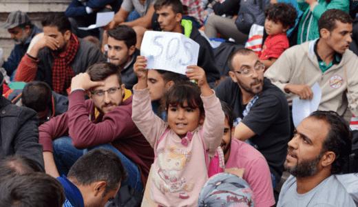 データ駆動型アルゴリズム割り当てによる難民問題の改善